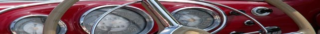 Rotes Sportwagen Armaturenbrett